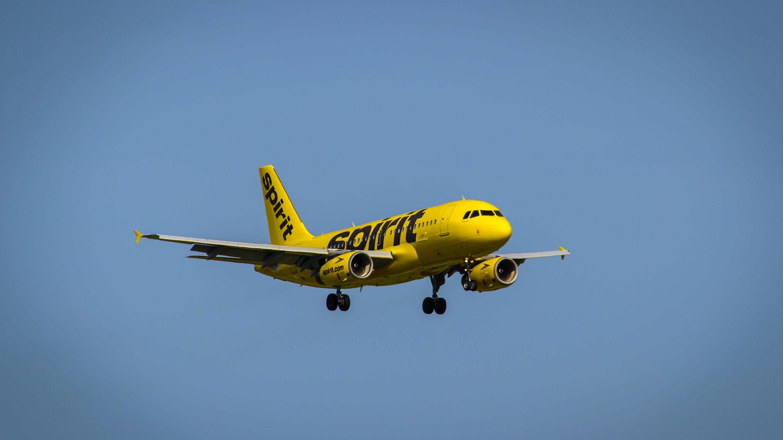 How To Get Flight Discounts on Spirit Airlines